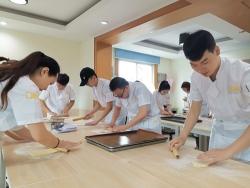 重庆饼干烘焙培训学员