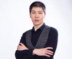 罗小明-高级调酒师